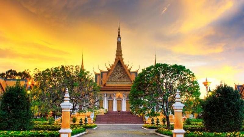 Cambodia - Siem Reap & Phnom Pehn 4D